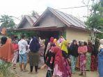 ratusan-masyarakat-desa-seling-kabupaten-merangin-demonstrasi-ke-kantor-desa-setempat.jpg