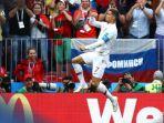 ronaldo-cetak-gol-ke-gawang-maroko_20180620_201217.jpg