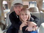 roy-kiyoshi-peluk-mantan-istri-aming-evelyn-anjani.jpg