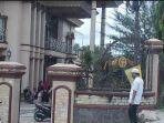 rumah-duka-meriza-aditama-alias-reza-33-tahun-di-jalan-saili-desa-tegal-rejo.jpg