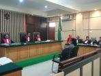sidang-korupsi-alkes-wulandari-diah-anggarini_20171002_205248.jpg