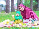 smart-mom-niken-larasati-25-foto-aizzatin-mafaza-hafidzah-9-ibu-dan-anak-endorse.jpg