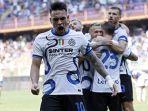 striker-argentina-dan-inter-milan-lautaro-martinez-merayakan-gol.jpg