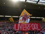 suporter-liverpool-memberikan-dukungan-di-stadion-anfield.jpg