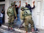 tentara-israel-tangkap-pemuda-palestina.jpg
