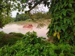 warga-bungo-yang-terjun-hingga-tenggelam-dan-hanyut-di-sungai-batang-tebo-masih-dalam-pencarian.jpg