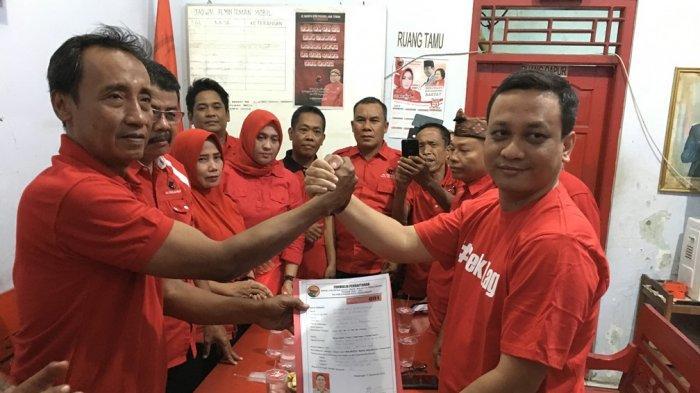 Wawali Pekalongan Serahkan Dokumen Pendaftaran ke PDI Perjuangan, Mantap Ramaikan Pilkada 2020