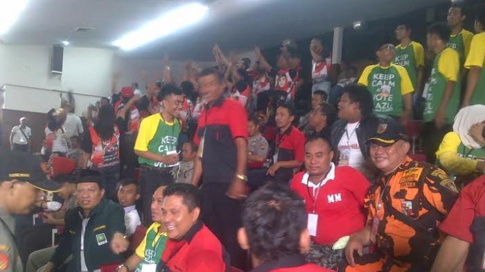 Pendukung Paslon Walikota Semarang Saling Adu Yel-Yel