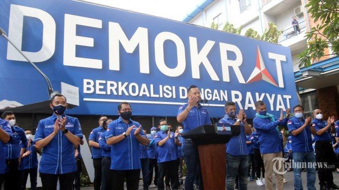 Ditanya Soal Desakan Permintaan Maaf Ke Jokowi, AHY Tak Hiraukan Wartawan