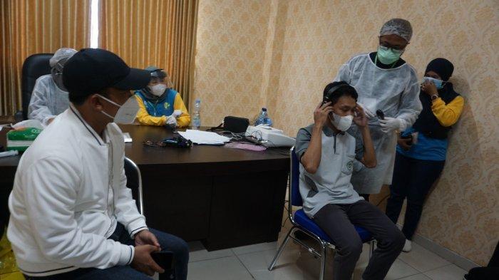 Ajak Dokter Spesialis RSUD Batang, Bupati Wihaji Cek Kesehatan Karyawan Pabrik