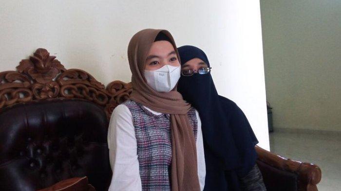 Kisah Gadis Remaja Cari Ibunya, Sejak Usia 4 Tahun Diserahkan Ibu ke Orangtua Asuh