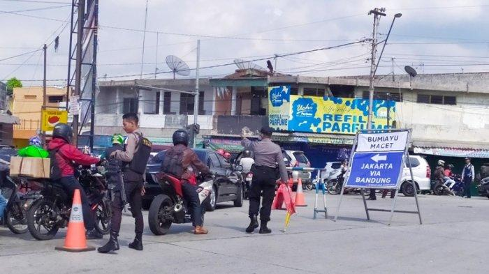 Jalur Bumiayu Macet, Kendaraan Arah Jakarta Lewat Ajibarang Dialihkan ke Jalur Selatan via Bandung