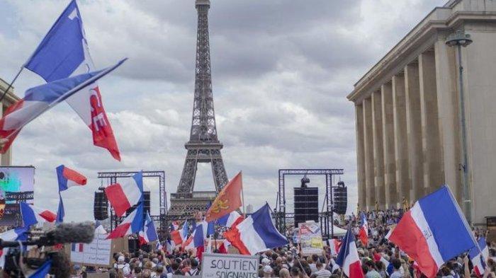 Tolak Vaksin Covid-19, Ribuan Pekerja Kesehatan di Perancis Diberhentikan Tanpa Gaji