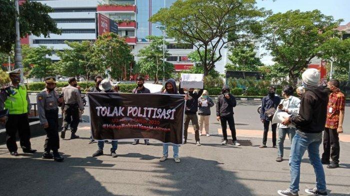 Demo Aliansi Masyarakat Peduli Desa, Cegah Politisasi Undang-Undang Nomor 2 Tahun 2020