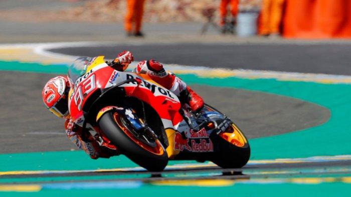 Inilah Video Detik-detikMarc Marquez Diseruduk Johann Zarco dari Belakang di MotoGP Australia 2018