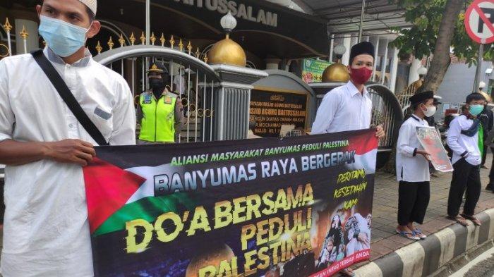 Aliansi Masyarakat Banyumas Galang Dana Solidaritas Palestina di Alun-Alun Purwokerto