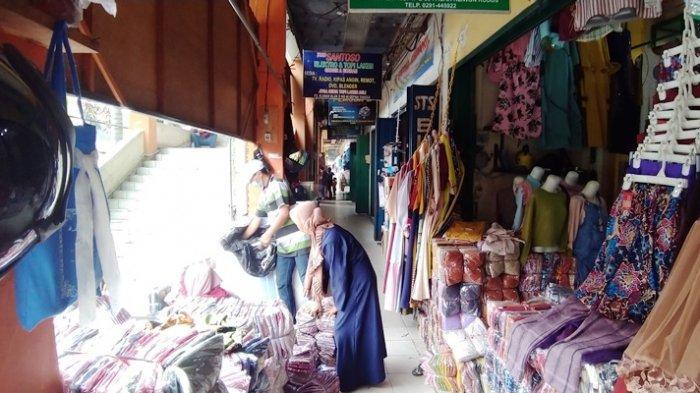 Penjualan Grosir Pasar Kliwon Kudus Mulai Menggeliat Jelang Ramadan