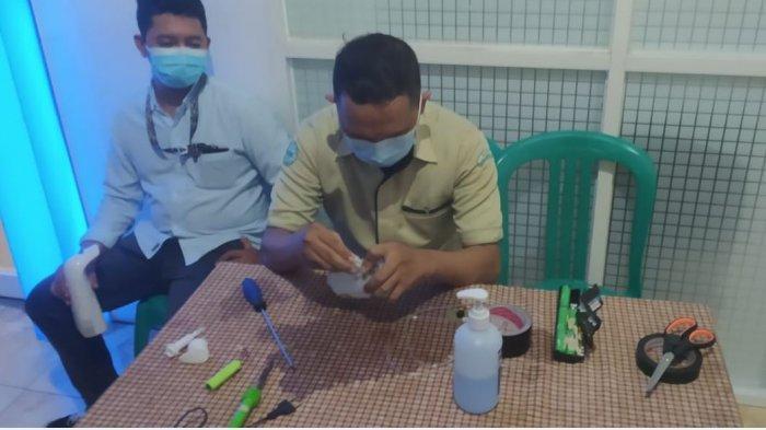 Alat cuci tangan tanpa sentuh inovasi RSI Banjarnegara
