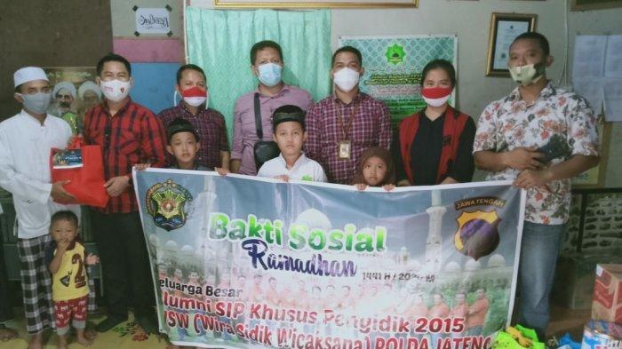 Peduli Anak Yatim, Alumni Wira Sidik Wicaksana Polda Jateng Bagikan Paket Sembako & Uang Santunan