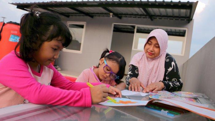 Kegemaran Anak Mewarnai Bantu Perkembangan Motorik Halus