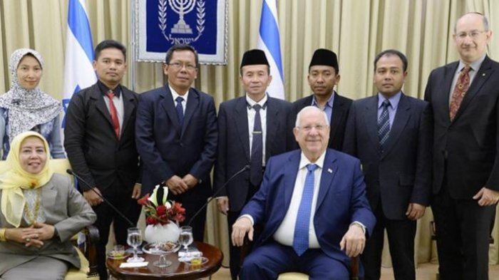 Politisi PKS Minta MUI Tegur Anggotanya Yang Bertemu Presiden Israel