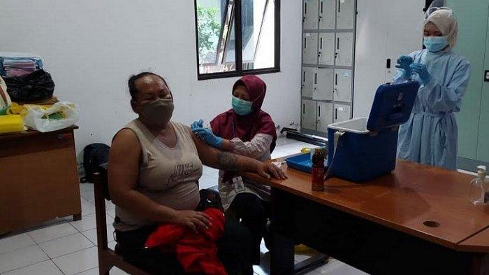 Cerita Transpuan Semarang di Tengah Pemberlakuan PPKM Level 4: Hanya Andalkan Bantuan Komunitas