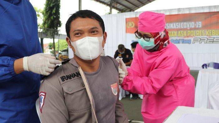 400 Anggota Polres Kebumen Disuntik Vaksin