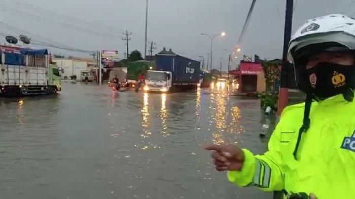 Hujan Deras Landa Semarang Pagi Ini, Ketinggian Air di Kaligawe Naik 10 Sentimeter