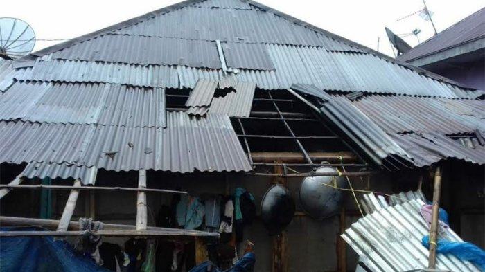 Angin Puting Beliung Terjang Wanayasa, Atap-atap Rumah Beterbangan
