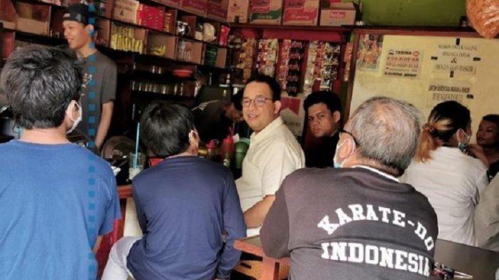 Anies Baswedan Blusukan Ketemu Orang: Bapak Kok Mirip Gubernur DKI Jakarta?