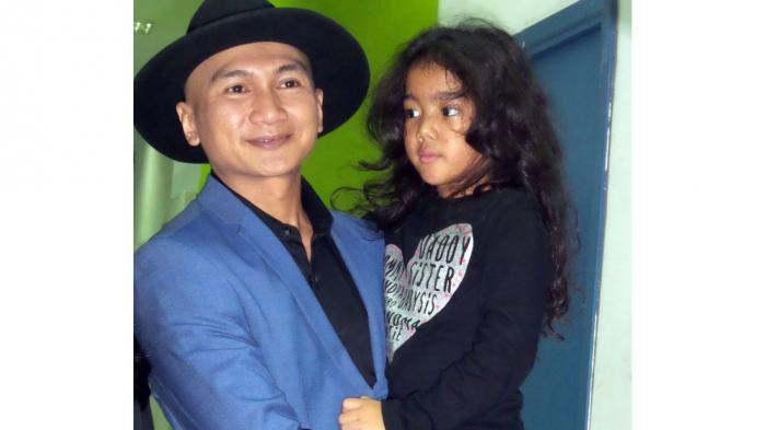 Lagu Berjudul Dia, Antarkan Anji Raih 7 Platinum