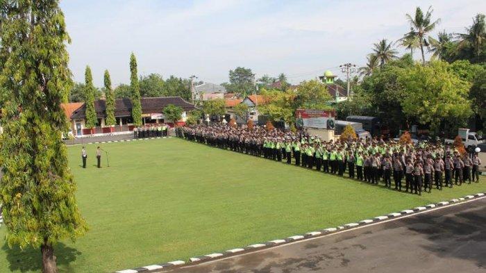 Ratusan Personel Diterjunkan untuk Pengamanan Unjuk Rasa terhadap Pembangunan PLTU Batang