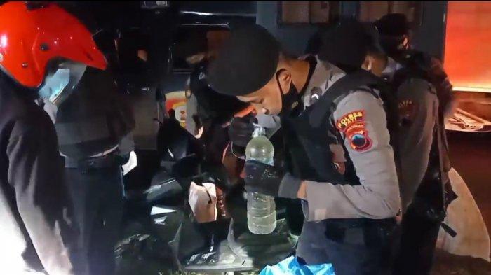 Juru Kampanye Pilkades di Pati Pesan Ratusan Botol Arak Biar Pendukung Semangat Bleyer Motor