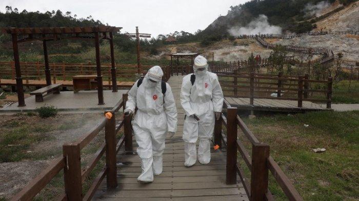 Hari Pertama Dibuka setelah PPKM, Ratusan Wisatawan Bisa Menikmati Keindahan Dieng Lagi