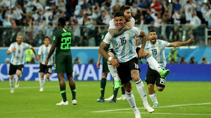 Argentina Lolos Dramatis, Akankah 'Perang' Messi vs Ronaldo Bisa Terwujud di Babak 8 Besar