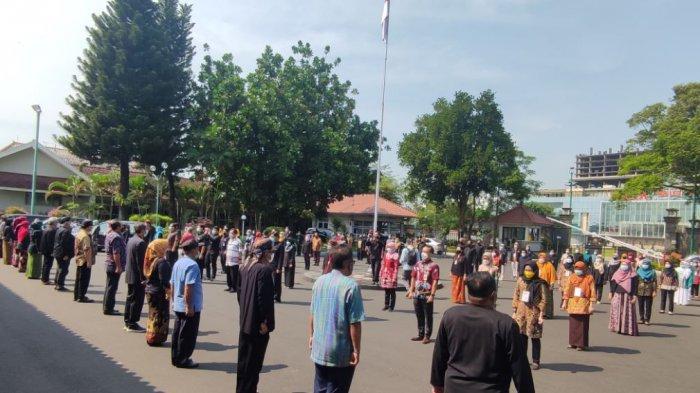 Hari Kebangkitan Nasional, ASN Pemkab Banyumas Menyanyikan Lagu Indonesia Raya Bersama
