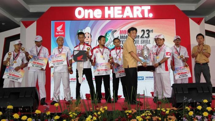 Mekanik Honda Jawa Tengah Juara 1 Kontes Mekanik se-Indonesia