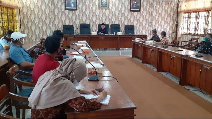 DPRD Demak Gelar Audiensi dengan Paguyubab Parkir Pasar Bintoro