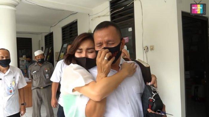 Dinilai Tak Sopan, KD Laporkan Balik Orangtua Ayu Ting Ting Ke Polda Jatim