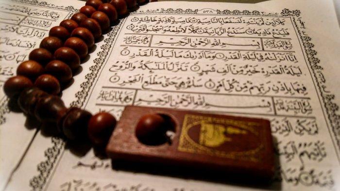 Surat Al Qadr Lengkap Arab Latin dan Artinya