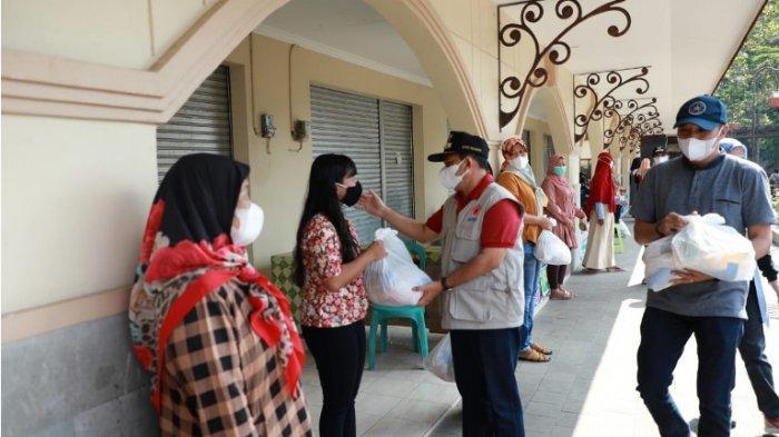 Libatkan Bhabinkamtibmas & Babinsa, Bantuan Sembako di Kabupaten Semarang Secara Door to Door