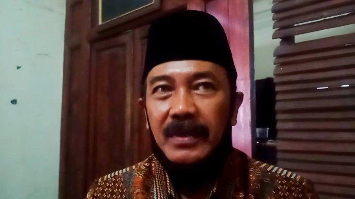 Kisah Tukang Jahit & Ketua RW Penantang Gibran di Pilkada Solo, Sempat Tolak hingga Dikira Guyon