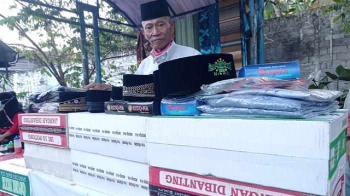 Sepekan Ramadhan, Penjual Peci di Salatiga Masih Sepi Pembeli