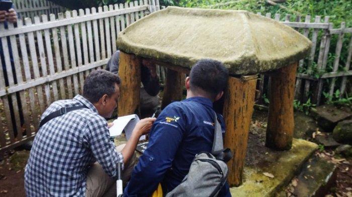 Balai Arkeologi Yogyakarta Observasi Situs Watu Payon di Pati, Ada Relief Lambang Cakra