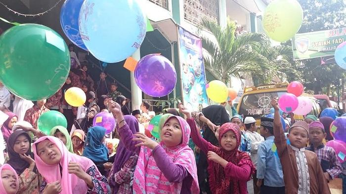 Profil AT Mahmud Penggubah Lagu Balonku Ada Lima, Ciptakan Puluhan Lagu untuk Anak-anak Indonesia