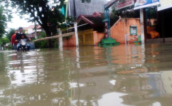 Hendro Tidak Tidur Semalaman Akibat Banjir