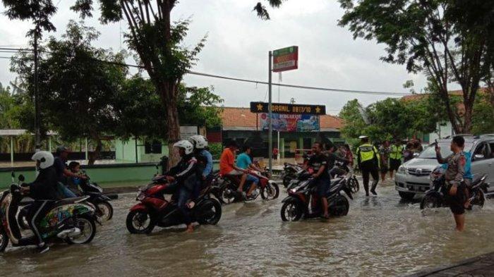 Ratusan Rumah di Gresik Terendam Banjir