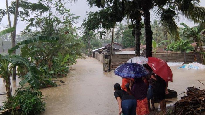 BMKG Keluarkan Peringatan Dini Banjir Bandang & Cuaca Ekstrem Pekan Ini, Berikut Daerahnya