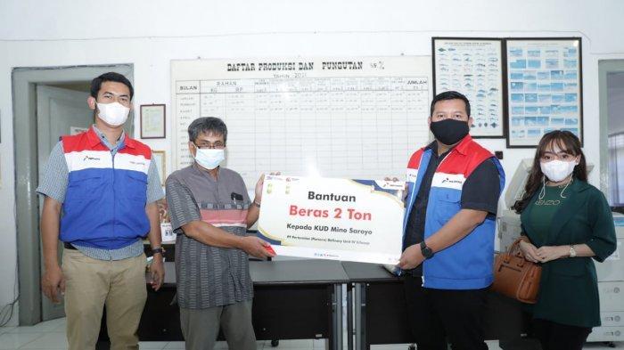 Pertamina Kirimkan 4 Ton Beras untuk Nelayan Cilacap