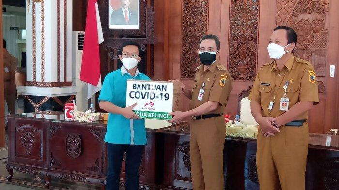 Bupati Pati Haryanto Terima Bantuan Penanganan Covid-19 dari Sejumlah Perusahaan
